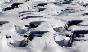 Snowcovered cars.download